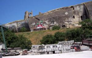 Инкерман пещерный город и монастырь