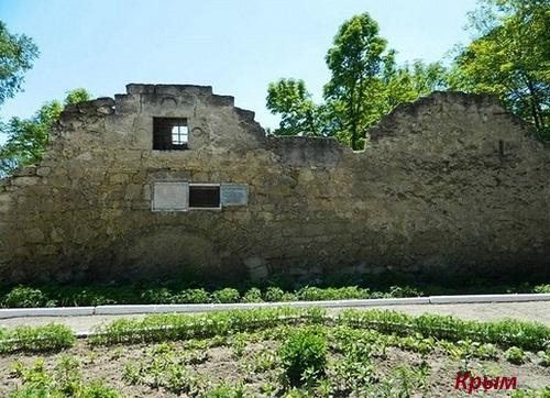 Развалины Таш-Хан, Белогорск, Крым