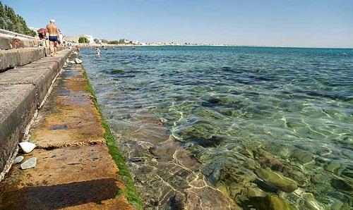 Пляж бетонный
