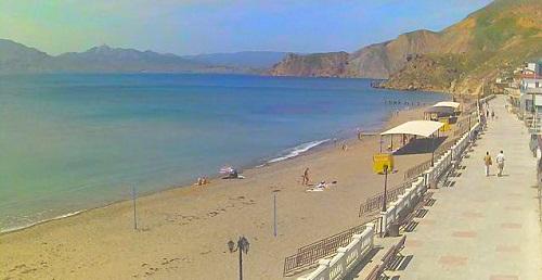 Центральный пляж в Орджоникидзе, Крым