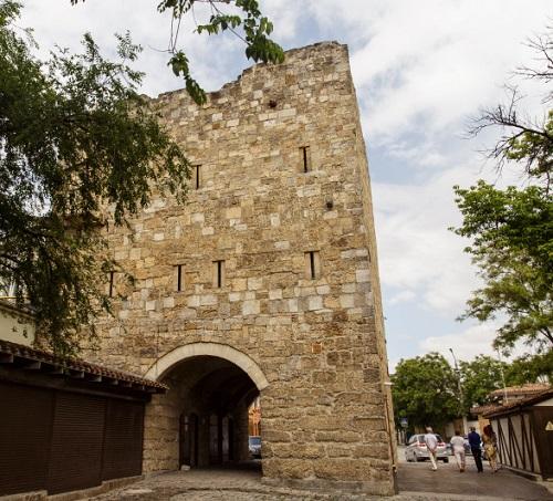 Ворота Кезлева