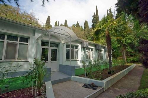 Отель Пальмира сад - Курпаты, Крым