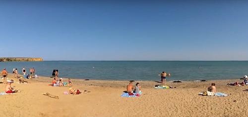 Пляж в Угловом, Крым