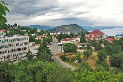 Малый Маяк, Крым